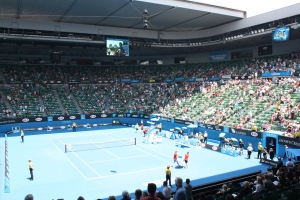 I admit I planned my trip around the Australian Open.  The fourth rounds matches did not disappoint, especially the five-set match between two frenchmen, Richard Gasquet and Willie Tsonga.  Snags (sausages) made for a tasty lunch at the Open.