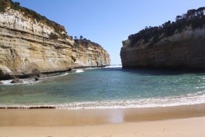 Loch ard gorge stop on the Great Ocean Road.  By  far my favorite stop, it felt like something out of Southeast Asia.  There were caves on the right too!